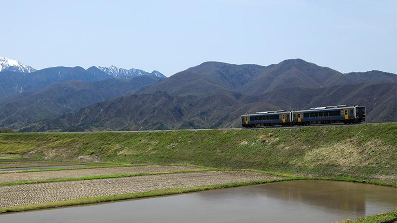 八ヶ岳高原列車